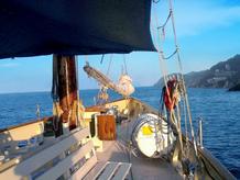 Puente de mayo en velero por la Costa Brava