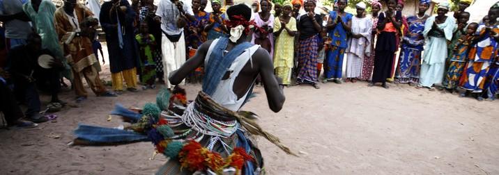 Puente Purisima en Senegal: Ciudades coloniales, poblados tribales y playa