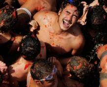 Agosto: Fiesta de la Tomatina en Buñol