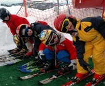 Reyes en Sierra Nevada: ¡Esquí, diversión y cultura con los niños!