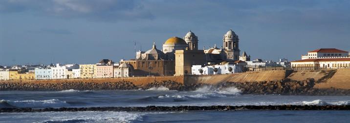 Puente de Mayo: Costa Sur de Cádiz