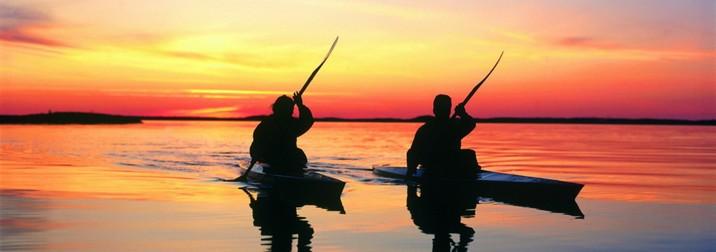 Junio: kayak a la luz de la luna