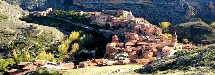 Puente del Pilar: Descubriendo Albarracín y Teruel