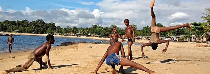 Julio: Camerún Cultural & Solidario
