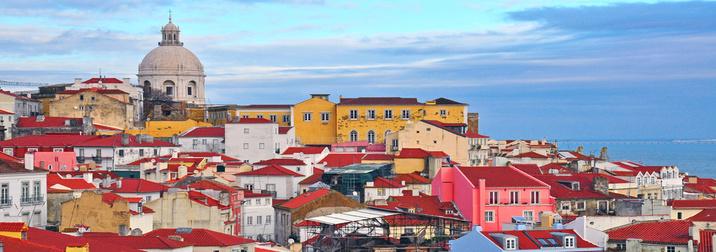 Julio: Siente el Fado del amor en Portugal