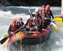 Junio: Rafting y Senderismo en el Alto Ebro