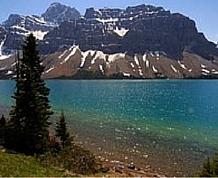 Agosto: Canadá, bonjour Quebec, Flor de Lis castillos y ballenas I