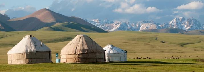 Agosto: Ruta de la Seda, Kirguistán I
