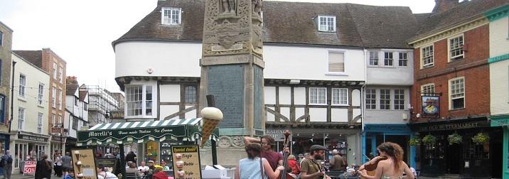 Julio: English & Fun for singles en Canterbury