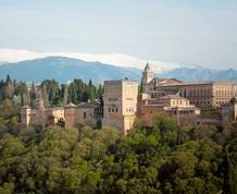 Puente del Pilar: El embrujo de Granada