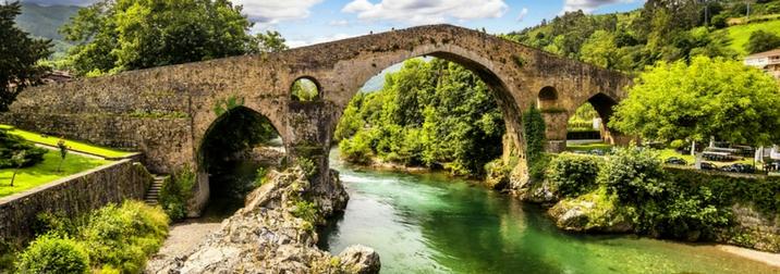 Puente de Mayo en Asturias