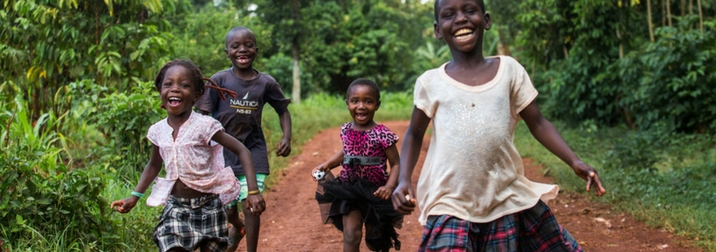 Agosto en Uganda: experiencias humanas en el corazón de África