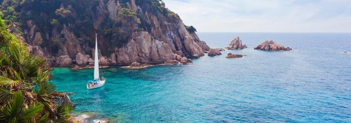 Puente de mayo: Navegando por la Costa Brava