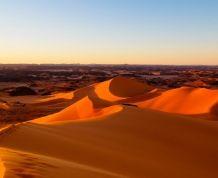 Argelia Fin de año: ¡Desierto del Sahara, acampada y pinturas rupestres!