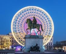 Puente diciembre: Vive la magia del Festival de las Luces de Lyon