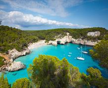 Fiestas de San Juan navegando en Menorca