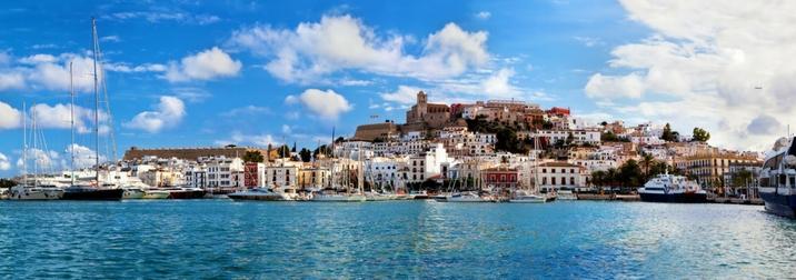 Navegando en velero por Ibiza y Formentera