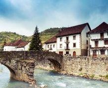 Navarra mágica y San Sebastian