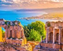 Islas Eolias. Un pequeño universo de playas, volcanes y maravillosas aldeas